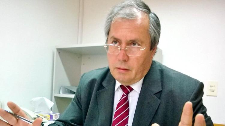 Alberto Crescenti, director del SAME, confirmó el grave estado del diputado