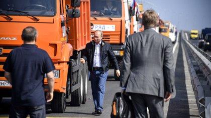 Vladimir Putin tras recorrer los 19 kilómetros del nuevo puente que amenaza con la integridad territorial de Ucrania (AFP)