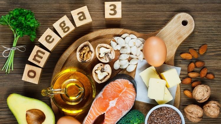Los ácidos grasos Omega 3 tienen propiedades beneficiosas para la salud cardiovascular (Shutterstock)