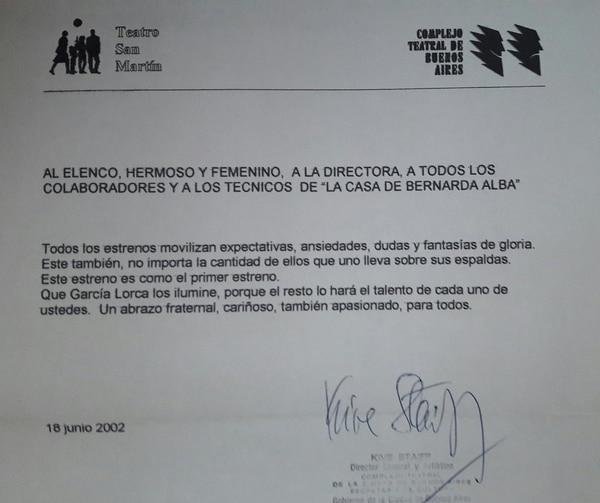 """La carta de Kive Staiff al elenco y trabajadores de """"La casa de bernarda Alba"""" en junio del 2002"""