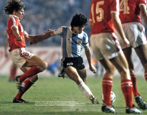 Argentina se impuso en la final por 3 a 1 ante la Unión Soviética