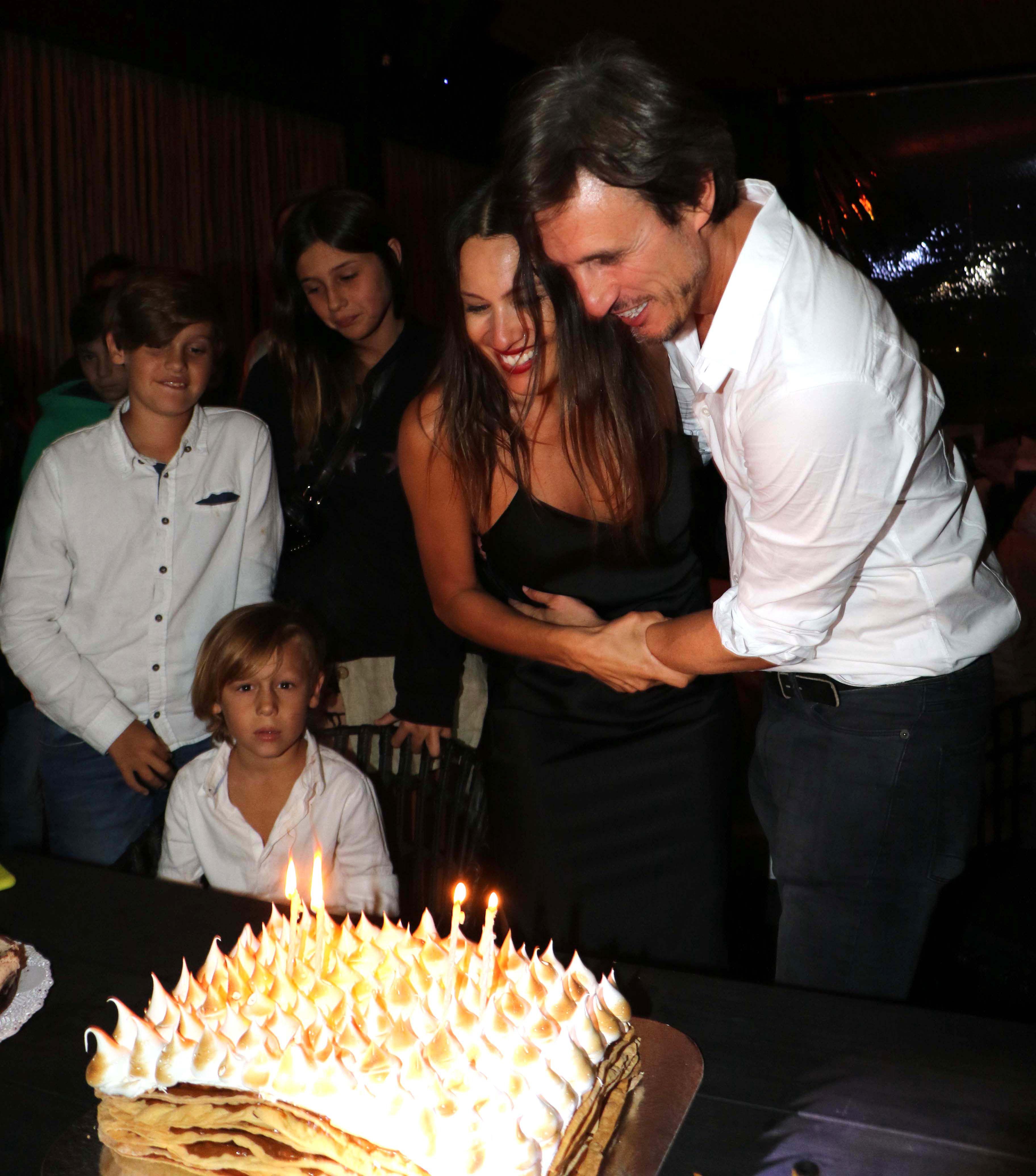 Dos fiestas, dos cumpleaños, un único amor: Pampita y Roberto