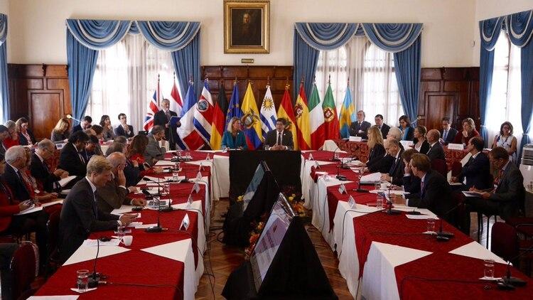 El Grupo de Contacto reunido en Quito