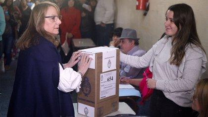 Alicia Kirchner, gobernadora de Santa Cruz, figura entre las espiadas (Télam)
