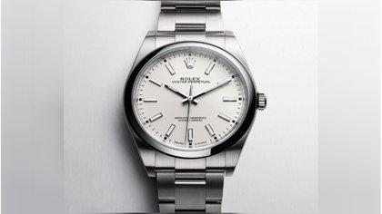 """El hombre de 51 años relató que Edwin """"N"""" se le acercó para después amagarlo con un arma de fuego, quitándole su reloj marca Rolex con un valor estimado de USD 20,000. Posteriormente se dio a la fuga corriendo (Foto: Rolex.com)"""