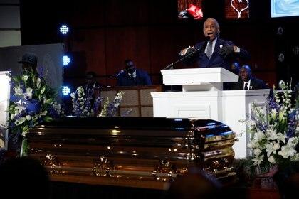 El reverendo Al Sharpton durante el funeral de George Floyd REUTERS/Lucas Jackson