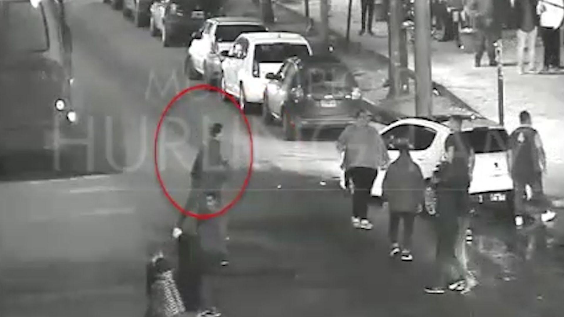 Momentos antes del crimen captado por las cámaras de seguridad