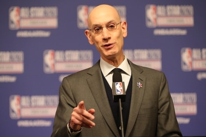 Adam Silver, comisionado de la NBA, dijo que esperarán hasta mayo para tomar una decisión (USA TODAY Sports)