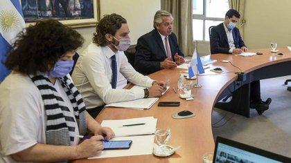 Alberto Fernández explicó que la semana próxima se anunciarían las medidas