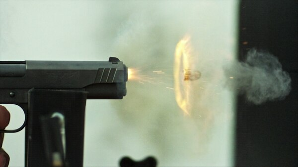 Así se dispara la bala de .45 ACP