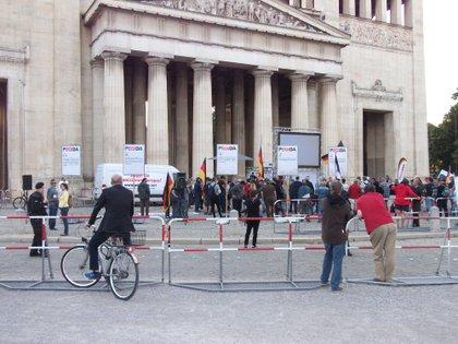 La pequeña manifestación de Pegida, el lunes pasado, en el centro de Múnich.
