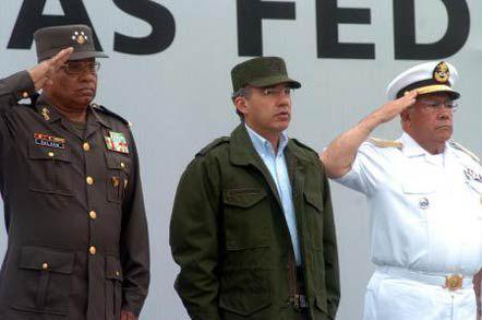 """Con Calderón se lanzó la llamada """"Guerra contra el narcotráfico"""" (Foto: Especial)"""