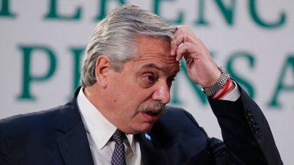 Alberto Fernández se preocupa por el impacto de la segunda ola del Covit-19 en Argentina (EFE / Jos Mendes / Archivo)