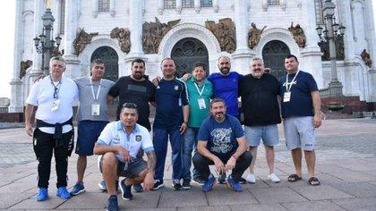 Parte de la delegación, de paseo por Moscú