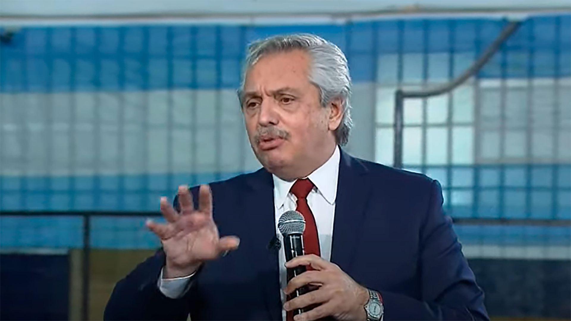 Alberto Fernández - Anuncios Jubilados