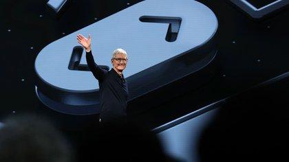 Tim Cook, CEO de Apple, durante el evento anual de desarrolladores (AFP)