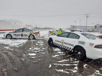 Autoridades de Chihuahua iniciaron un protocolo para evitar accidentes en las vialidades carreteras de la zona. Foto: @GN_Carreteras