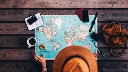 En este momento, un 77% de la gente prefiere realizar viajes nacionales en lugar de los internacionales (Shutterstock)