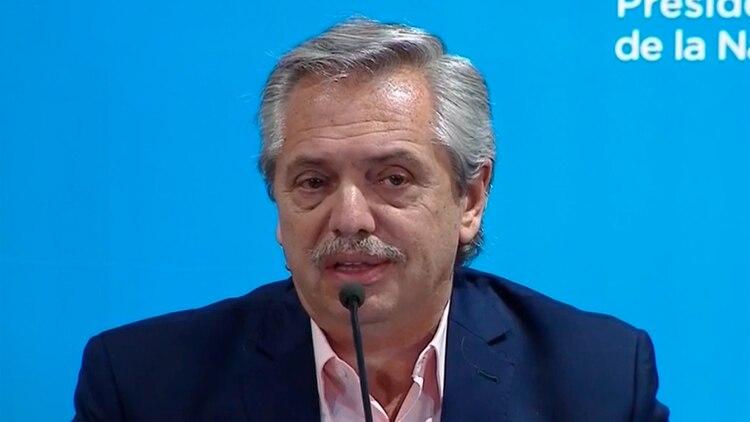 El presidente Alberto Fernández anunció la suspensión de las clases por 15 días