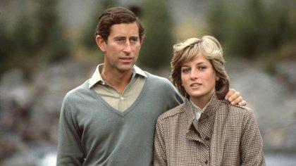 Diana y Carlos en Balmoral, Escocia (Anwar Hussein)