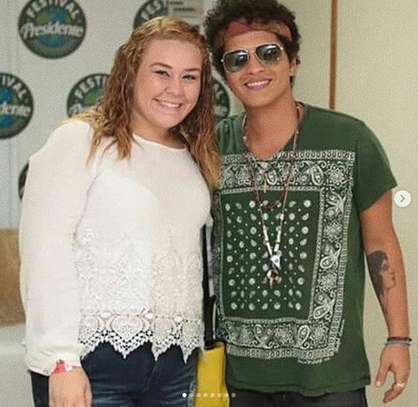 Jesaaelys junto a Bruno Mars (Instagram Jesaaelys)