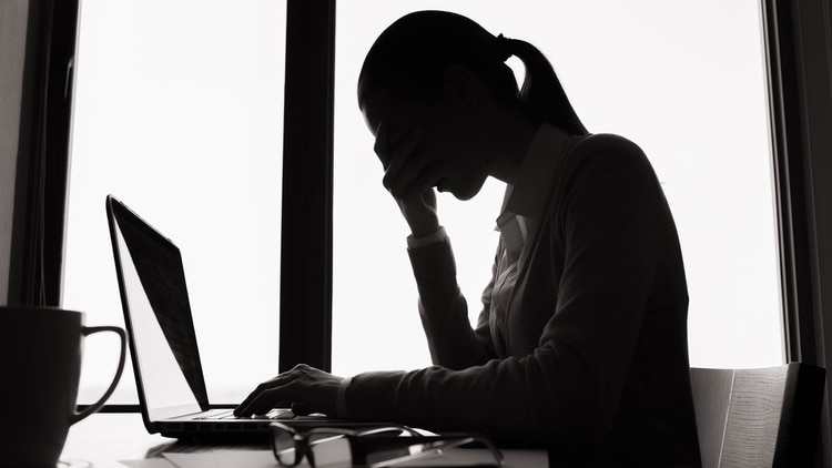 Se considera que los lunes no son el mejor día para programar reuniones, ya que hay una buena posibilidad de que la asistencia sea baja. Además, tener una reunión el lunes no les da a los asistentes mucho tiempo para prepararse (Shutterstock)