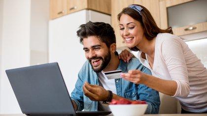 La oferta de Tiendamia es infinita, ya que el usuario podrá encontrar todas las marcas y modelos disponibles (Shutterstock)