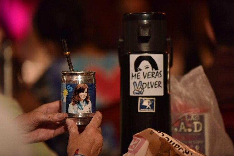 Cristina Kirchner estuvo presente en la mateada con Bonafini (Franco Fafasuli)