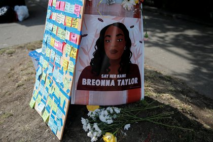 Un memorial dedicado a Breonna Taylor, en Seattle (Reuters)