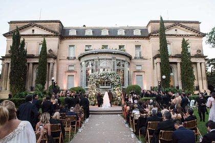 Una vista imponente del Palacio Sans Souci durante la fiesta de casamiento de Pampita y Roberto García Moritán