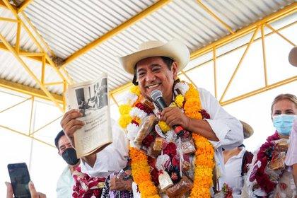 Félix Salgado Macedonio en su gira en Guerrero rumbo a la gubernatura (Foto: Facebook / Félix Salgado Macedonio)