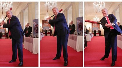A combination of three photos of the President of the United States Donald Trump swung a baseball bat made of wood, similar to that gave this day to López Obrador, the 2. July 2020 (photo: REUTERS/Tom Brenner)