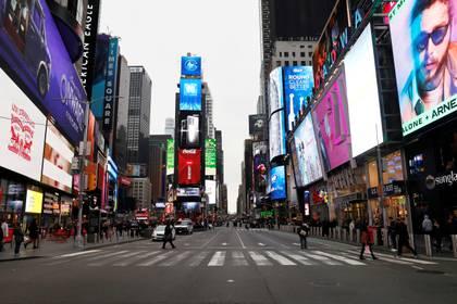Las calles vacías en Times Square (REUTERS/Mike Segar)