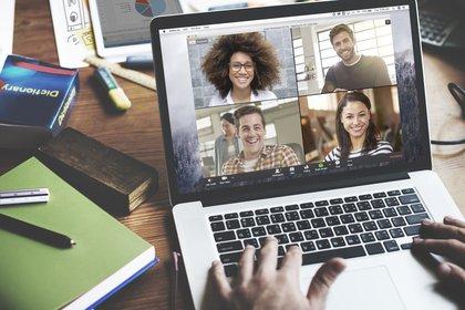 Como parte de una nueva actualización de las aplicaciones Zoom Meeting y Zoom Video Webinars, se sumaron algunas opciones para optimizar la comunicación entre los usuarios