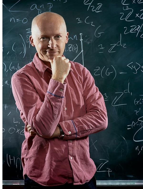 El científico afirma que las matemáticas explotaron, como materia, hace más de 4 mil años