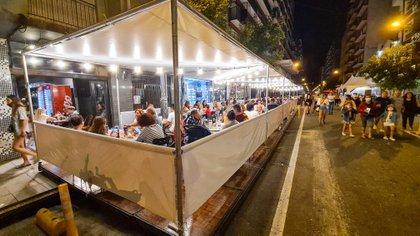 Los gastronómicos señalan que las reuniones sociales y fiestas clandestinas se seguirán llevando a cabo como hasta ahora