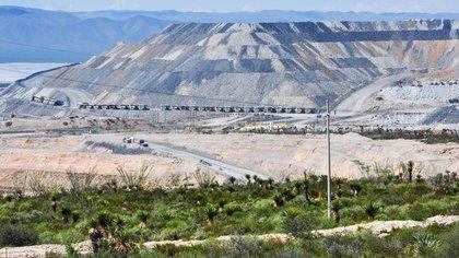 La minera que tiene la concesión ha sido acusada de contaminar los cuerpos de agua de comunidades, en el municipio de Mazapil, Zacatecas FOTO: MISAEL VALTIERRA / CUARTOSCURO.COM