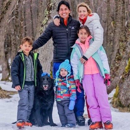 Vacaciones en familia junto a sus hijos Francesca, Benicio y Valentino