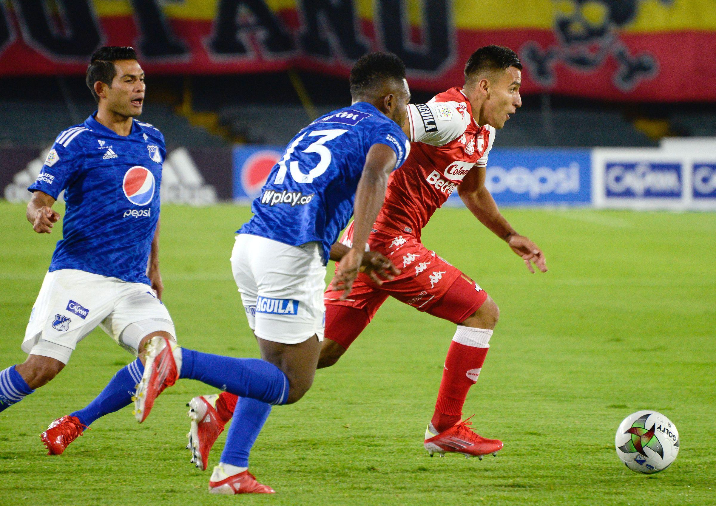 BOGOTÁ.  7 de agosto de 2021. Millonario e Independiente Santa Fe se enfrentaron en el estadio El Campín, en juego válido por la cuarta fecha de la Liga Betplay II-2021. (Cortesía Dimayor)
