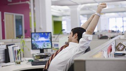 La permanencia de los jóvenes en un empleo es en promedio algo menos de dos años (Getty Images)