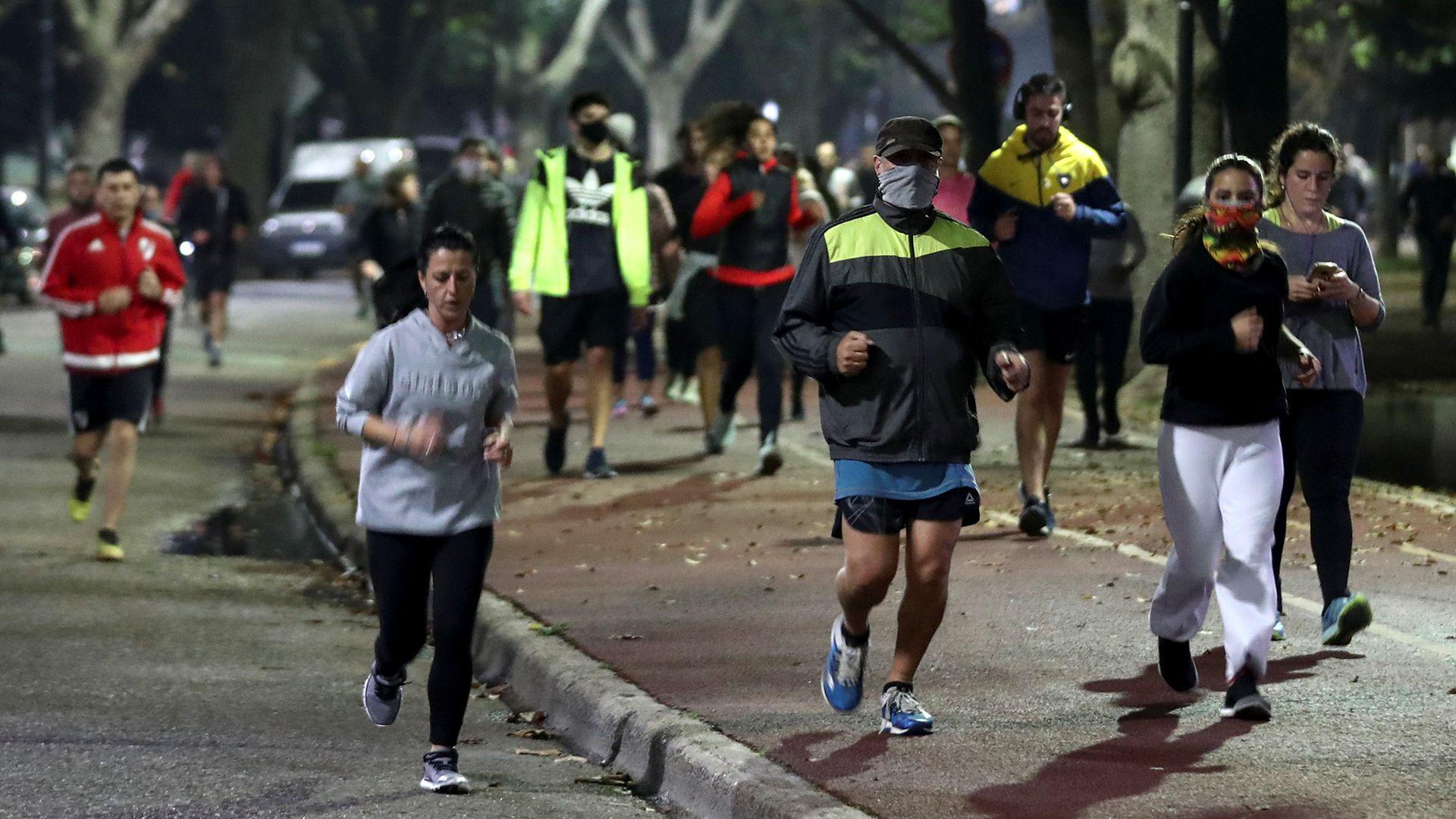 runners-corredores-palermo-cuarentena-coronavirus