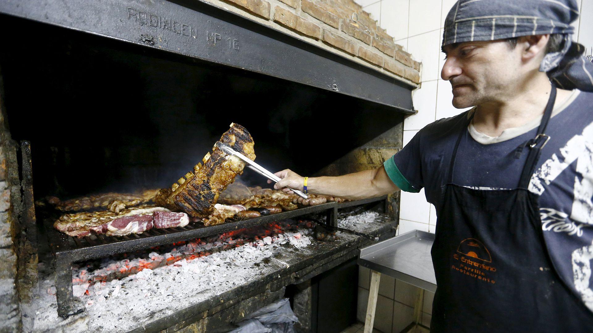 La acrilamida es la sustancia que liberan los alimentos quemados o tostados (Foto: Archivo)