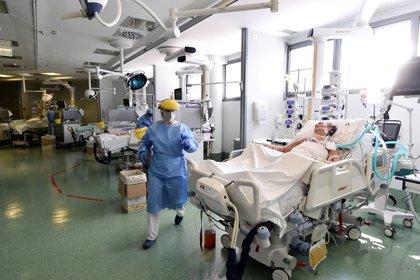 El hospital Papa Giovanni XXIII, en Bergamo, Italia (Reuters)