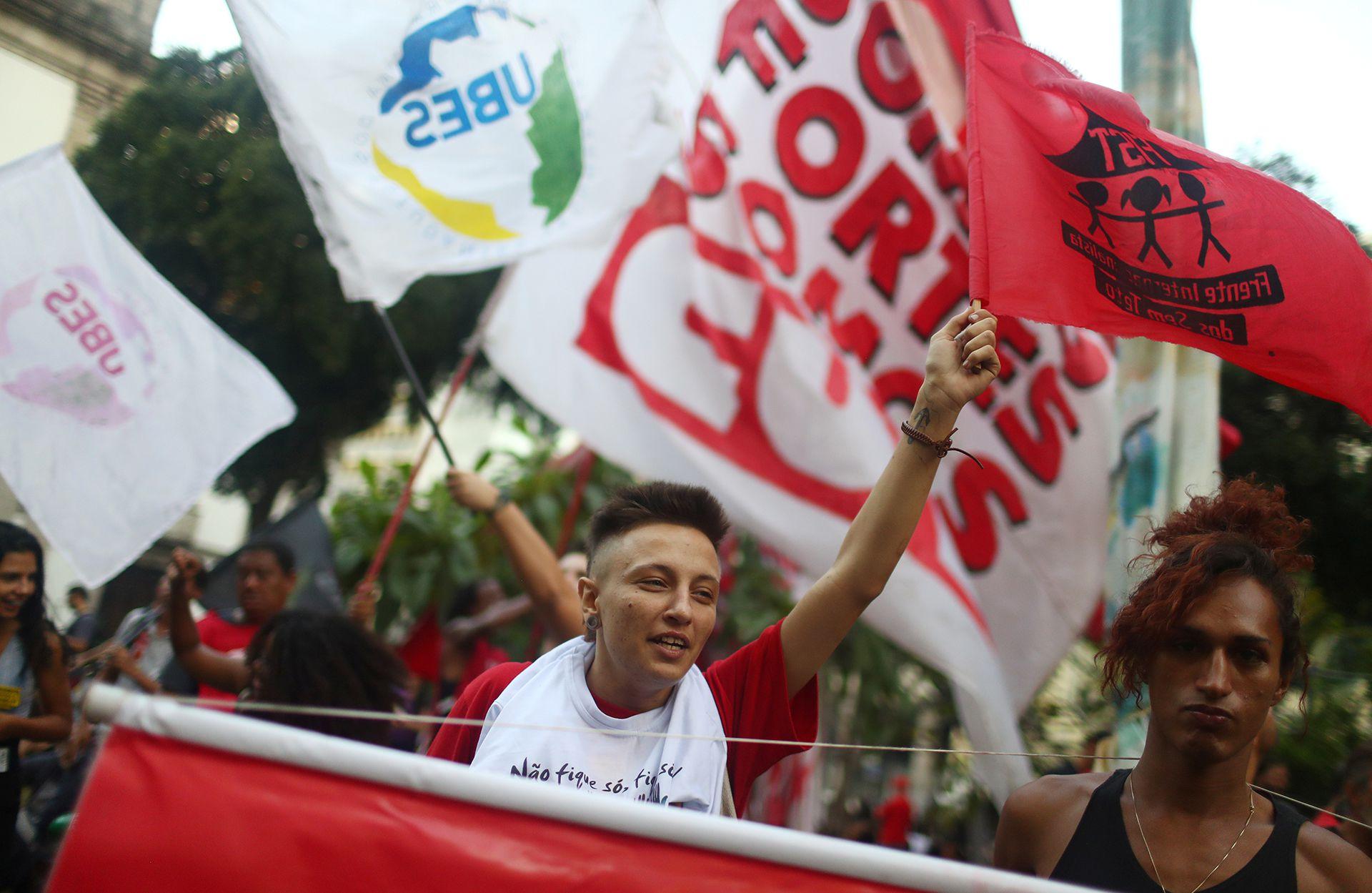Miles de personas se manifestaron en las calles de Brasil en el marco del paro general(REUTERS/Pilar Olivares)