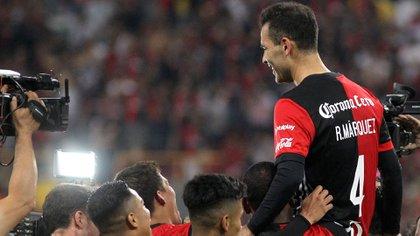 Márquez tuvo la fortuna de retirarse en el club de sus amores y quien lo debutó, el Atlas (Foto: Ulises Ruíz/ AFP)
