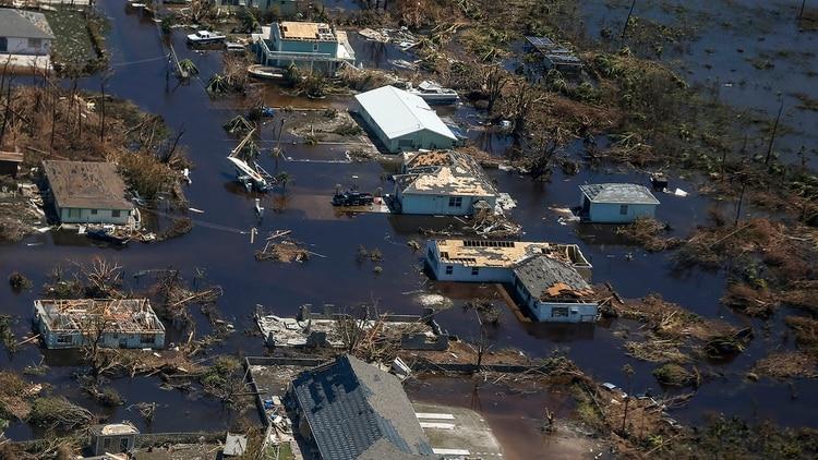 Al menos 70.000 personas quedaron sin hogar en Bahamas tras el paso del huracán Dorian (Adam DelGiudice/ AFP)