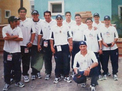 """Matthysse con el equipo de Argentina al que perteneció durante cuatro años y que por entonces conformaban, entre otros, el """"Cotón"""" Reveco (Instagram Matthysse)"""