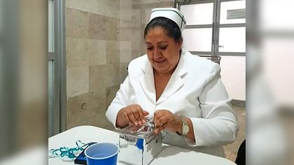 """Silvia, de 55 años, falleció una semana después de ser vacunada, """"probablemente ya tenía la enfermedad y era asintomática"""" consideró su hija Foto: (Twitter sysyrug)"""