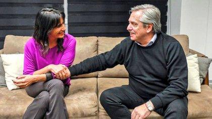Alberto Fernández junto a Natalia de la Sota (@NataliaDLSok)