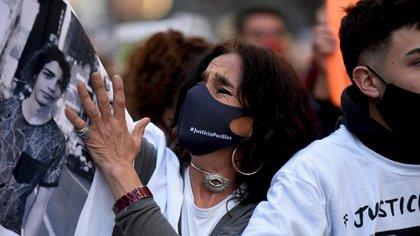 Los familiares de la víctima marcharon en la Ciudad de Córdoba